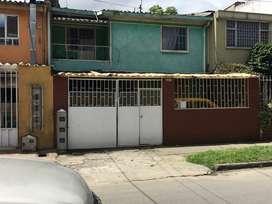 Casa rentable , 4 apartamentos , excelente ubicación cerca a la calle 72 y Avenida Boyaca