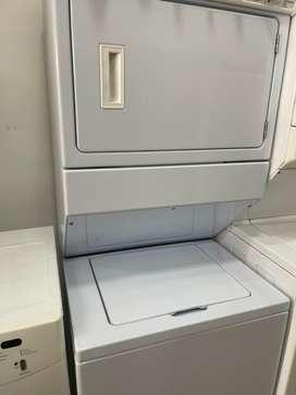 Torre de lavado whirpool 37 libras poco uso electrolica 220v