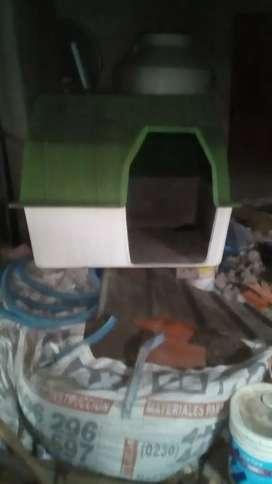 Cucha para perro grande  fibra de vidrio semi nueva medida nro 1