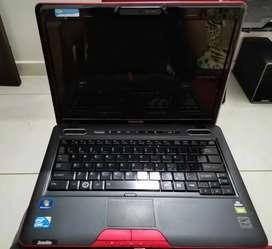 Vendo Portátil Toshiba U505