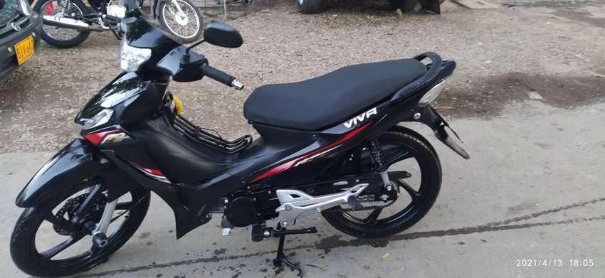 Vendo   Moto VIVA R