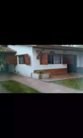 Casa en alquiler en Las Toninas
