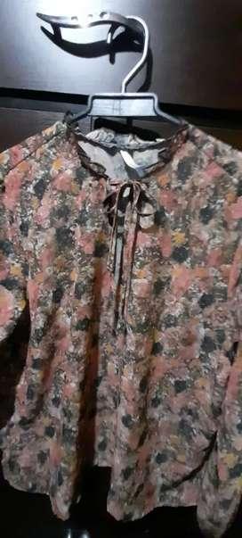 Camisa en tul