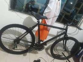 Vendo flamante bicicleta montañera 65$ negociable