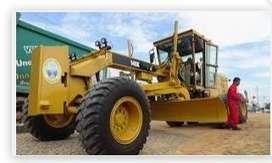 Mantenimiento y reparación de maquinaria pesada (línea amarilla=