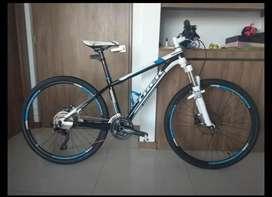 Bicicleta trek elite 8.6 talla 26.
