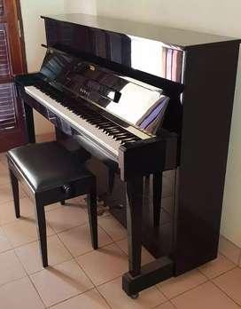 Piano de Pared marca Kawai