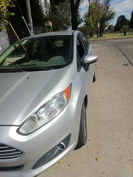 Ford fiesta kinetic 2014 gris