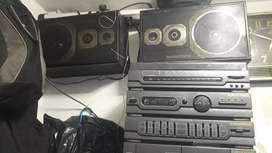 Centro musical grundy excelente estado entrada de auxiliar de micrófono modelo cc730 lo vendo por falta de plata