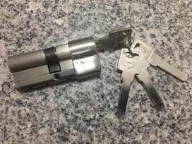 Tambor llave forte con 4 llaves