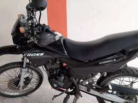 Moto SHINERAY CROSS 200 color negra