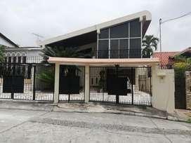Vendo Casa Lomas de Urdesa - F. Brito