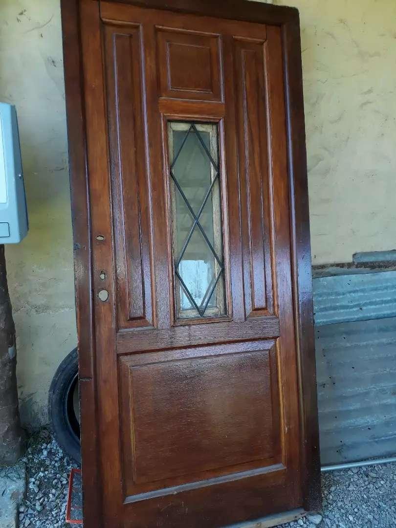 Puerta algarrobo 94cm.x2,05. 0