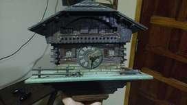 Reloj Cucu Chalet Suizo