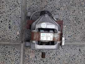 Motor de lavarropas automático