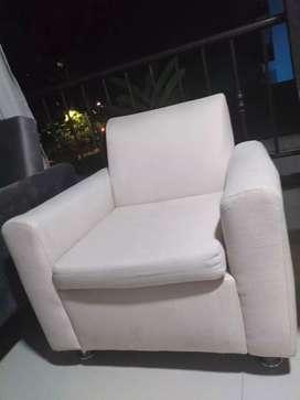 Hermosos sillones beige