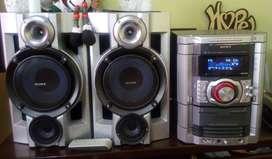 Equipo de Sonido SONY GENEZI HCD GN660, 4200 Watts, 380 Watt RMS
