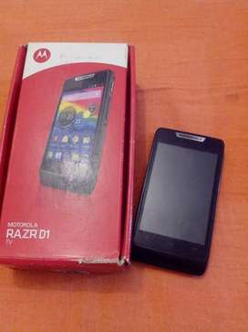 MOTOROLA XT915 FLAMANTE en CAJA!! ANDROID 4.1 CAM 5MPX, TV DIG, SD H/ 32GB!! IDEAL 2do EQUIPO!! PERMUTAS!!!