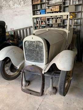 """Ford modelo """"A"""" coupé completo a restaurar"""