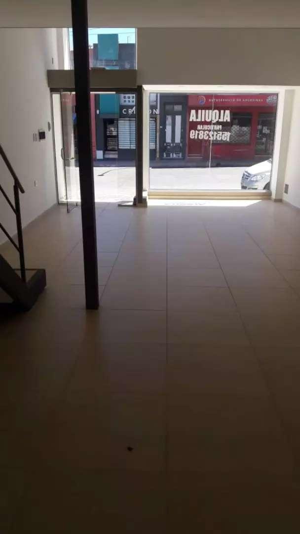 Alquilo local comercial (PARTICULAR)