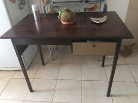Remato mesa escritorio por mudanza!!!