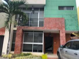Belhorizonte alquilo Casa de 3 D 180 m2