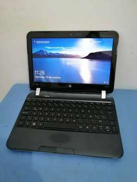 Hp dm1,, Windows 10,, buen estado