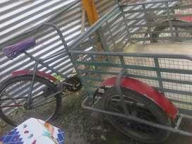 Triciclo de carga buen estado