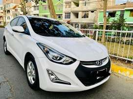 Hyundai Avante (elantra) blanco