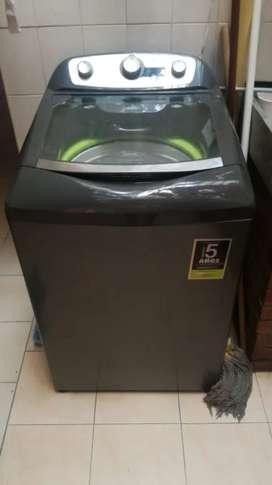 Se vende lavadora Haceb de 13 kg de capacidad como nueva