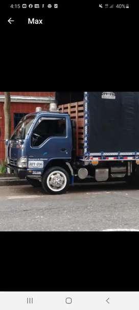 Transporte y carga express también servicio de logística por empresa