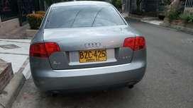 Audi A4 1.8T con caja tiptronica