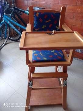 Mesa para comer bebe