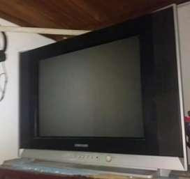 Vendo televisor 24 pulgadas convencional en muy buen estado