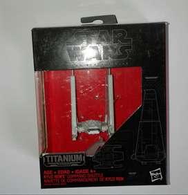 Star Wars nave diecast Black Series Titanium Kylo Ren's Command Shuttle