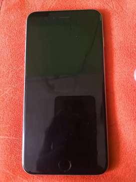Se vende Iphone 6s plus de 64 GB único detalle por interno