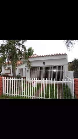 Dueño Alquila casa para fines comerciales a metros de Av. Rafael Nuñez
