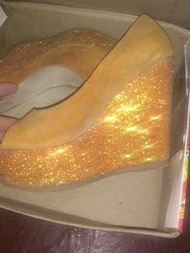 Zapatos de fiesta exelente estado  estado