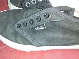 Zapatillas con poco uso