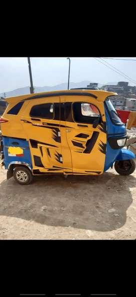 Moto taxi TVS año 2019