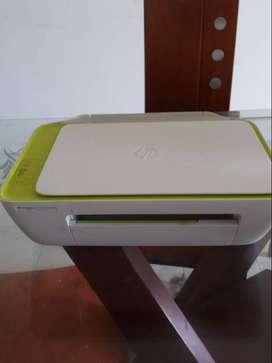 se vende  impresora y scanner hp para reparación
