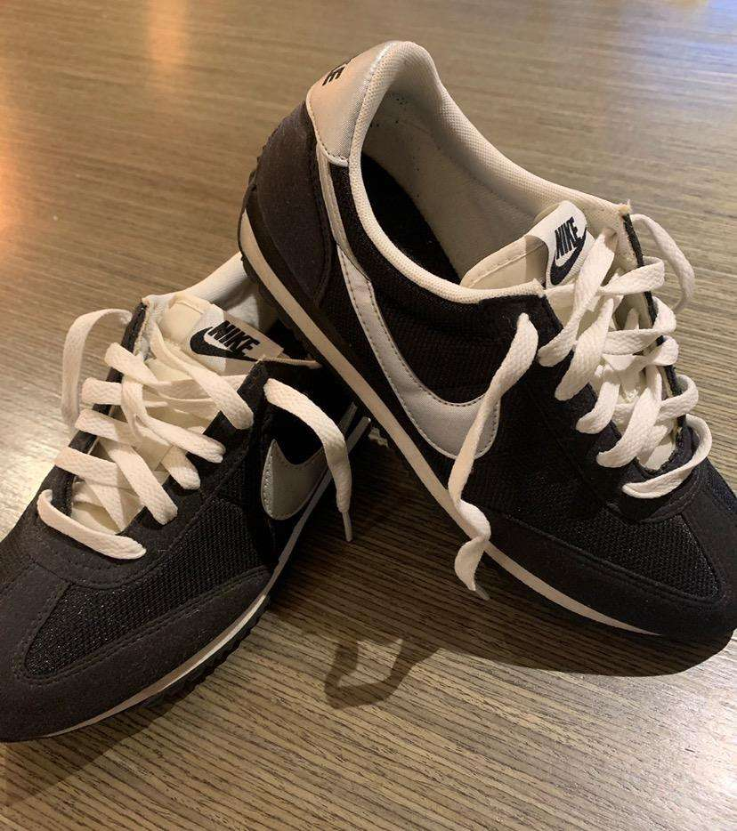 Tenis Nike Negros Mujer