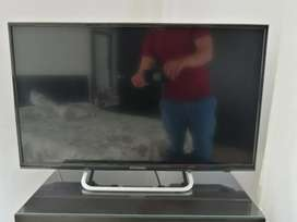 Se vende TV Hyunda 32 ''