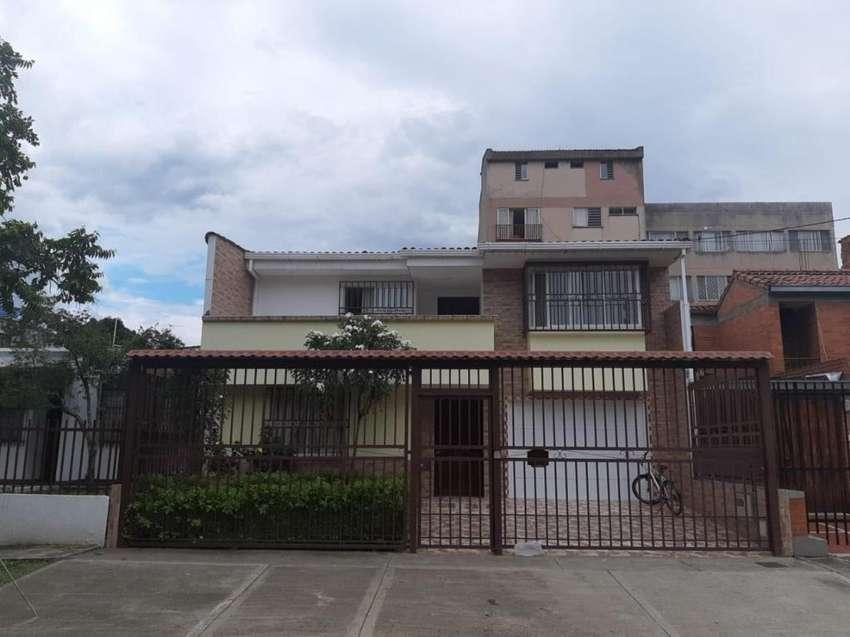 Casa Independiente en el Lido F.D Cod.1167320 0