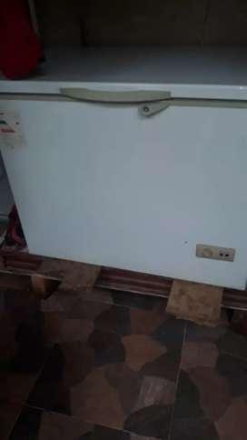 Congelador de 215 libras