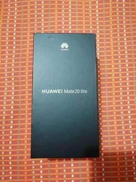 Vendo Huawei mate 20 lite.