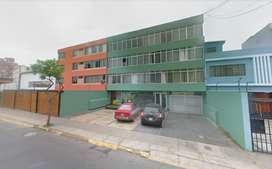 Amplio departamento de venta (134m2) en Miraflores, con cochera!