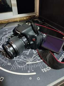 Canon T3i venta o cambio.