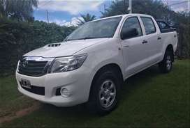 Toyota Hilux 2012 Dx Pack 4x2 137mil km IMPECABLE!