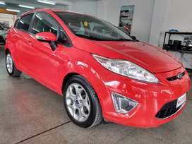 Ford Fiesta Kinetic Titanium 1.6 Año 2012. Excelente estado